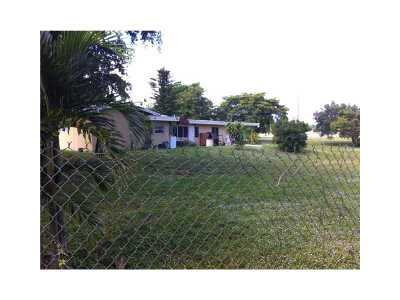 Davie Single Family Home For Sale: 5920 SW 45th Wy
