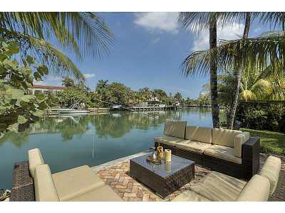 Miami Beach Single Family Home For Sale: 3260 Chase Av