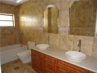 Miami Condo For Sale: 20033 NE 2 Pl