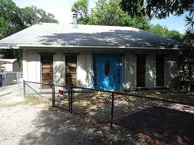 Single Family Home Active-Available: 1034 Gibraltar Rd
