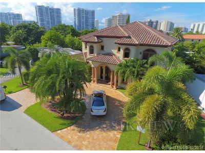 Sunny Isles Single Family Home For Sale: 301 189 St