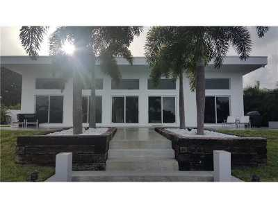 Boynton Beach Single Family Home For Sale: 406 Venice Dr