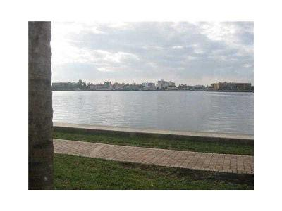 Sunny Isles Beach Condo For Sale: 17150 N Bay Rd #2106