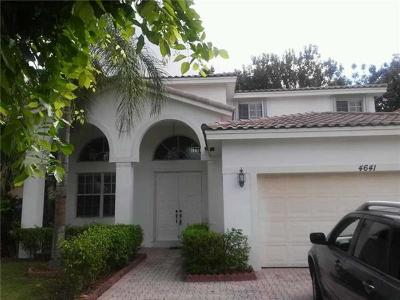 Doral Single Family Home For Sale: 4641 NW 94 Ct