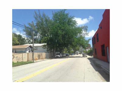 Commercial Lots & Land For Sale: 135 NE 20 St