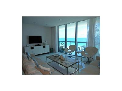 Miami Beach Condo For Sale: 6899 Collins #907