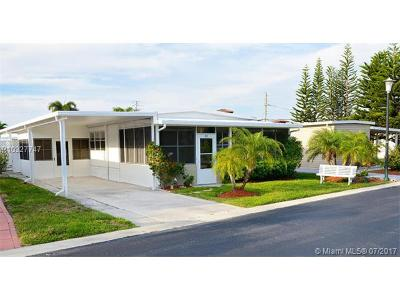 Jupiter Single Family Home For Sale: 400 N Highway A1a #23