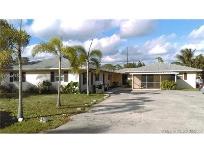 West Palm Beach Multi Family Home For Sale: 5923 Kumquat Road