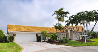 Jensen Beach Single Family Home For Sale: 63 Aqua Ra