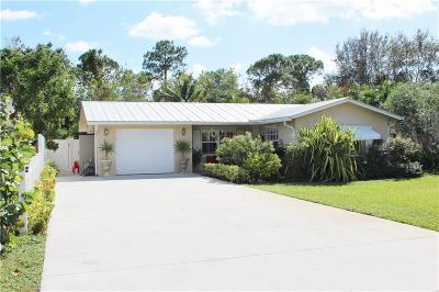 Hobe Sound Single Family Home For Sale: 8814 SE Jardin