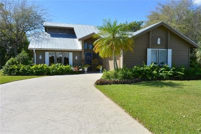 Hobe Sound Single Family Home For Sale: 10710 SE Jupiter Narrows