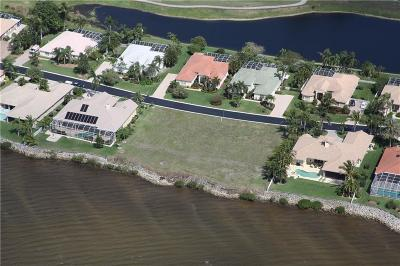 Port Saint Lucie Single Family Home For Sale: 1542 SE Ballantrae