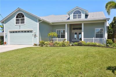 Palm City Single Family Home For Sale: 2054 SW Mockingbird