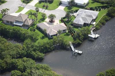 Jensen Beach Single Family Home For Sale: 107 Aqua Ra