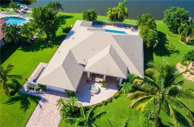 Stuart Single Family Home For Sale: 2638 NW South Shore