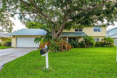 Palm City Single Family Home For Sale: 691 SW Pine Tree