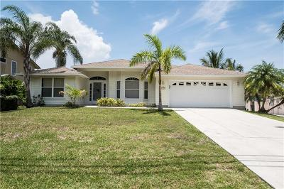 Palm City Single Family Home For Sale: 1729 SW Dyer Point