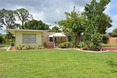 Stuart Single Family Home For Sale: 327 SW Dyer