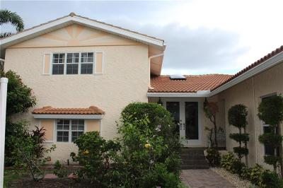 Palm City Single Family Home For Sale: 46 SW Riverway