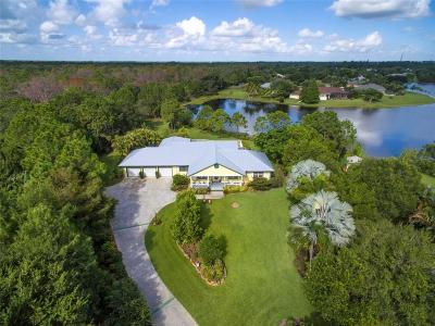 Stuart Single Family Home For Sale: 944 SE Waterside
