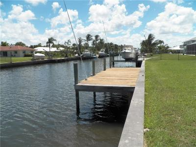 Hobe Sound Single Family Home For Sale: 8552 SE Driftwood