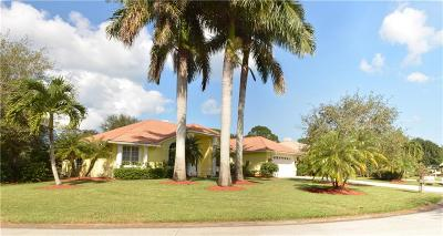 Hobe Sound Single Family Home For Sale: 9184 SE Mystic Cove