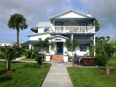 Jensen Beach Single Family Home For Sale: 3350 NE Indian River