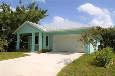 Palm City Single Family Home For Sale: 876 SW 34th