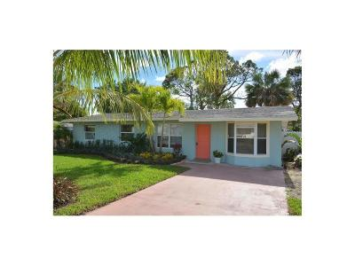 Hobe Sound Single Family Home For Sale: 9026 SE Bobwhite
