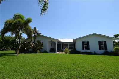Jensen Beach Single Family Home For Sale: 2803 NE Yorkshire