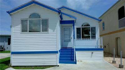 Jensen Beach Single Family Home For Sale: 211 Nettles