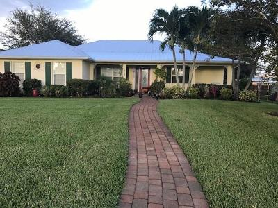 Stuart Single Family Home For Sale: 4722 SE Starling