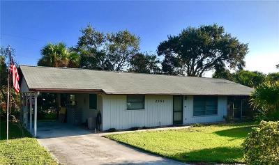 Jensen Beach Single Family Home For Sale: 2251 NE Tropical