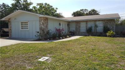 Jensen Beach Single Family Home For Sale: 1384 NE 24th