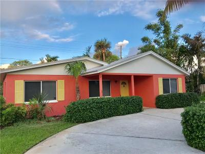 Jensen Beach Single Family Home For Sale: 1126 NE Rio Pine