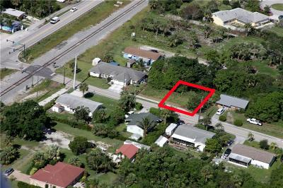 Hobe Sound Single Family Home For Sale: 8433 SE Pettway