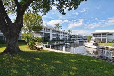 Stuart, Jensen Beach, Hutchinson Island Condo/Townhouse For Sale: 1852 SW Palm City
