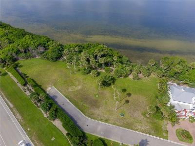Jensen Beach Single Family Home For Sale: 8 Pelican Pointe