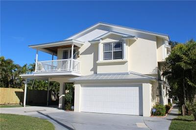 Palm City Single Family Home For Sale: 117 SW Riverway