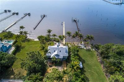 Jensen Beach Single Family Home For Sale: 90 NW Alice