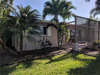 Stuart Single Family Home For Sale: 4760 SE Bayshore