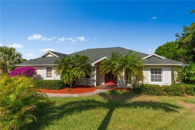 Jensen Beach Single Family Home For Sale: 146 NE Blueberry