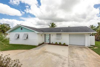 Stuart Single Family Home For Sale: 66 SW Cabana Point