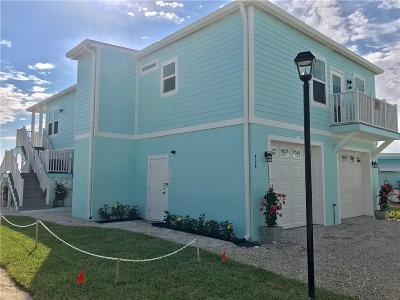 Jensen Beach Single Family Home For Sale: 428 Intercoastal