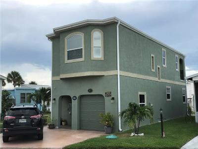 Jensen Beach Single Family Home For Sale: 347 Nettles