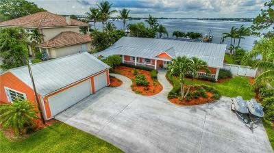 Stuart Single Family Home For Sale: 711 NW Sunset