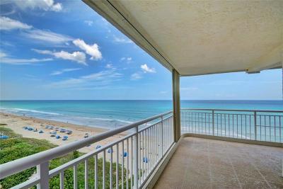 Jensen Beach Condo/Townhouse For Sale: 10980 S Ocean