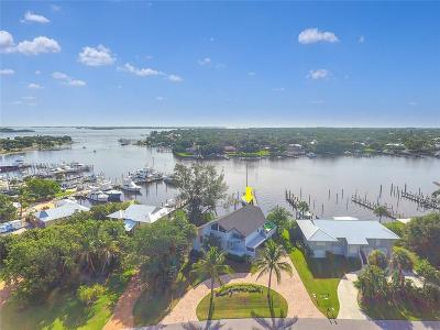 Stuart Single Family Home For Sale: 4175 SE Centerboard