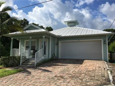 Cleveland 3rd Add, Cleveland 4th Add, Cleveland Add, Cleveland Add 03, Palm City, Palm City Amd, Palm City Amended, Palm City Gardens, St Lucie Shores Sec 01 Single Family Home For Sale: 778 SW 33rd