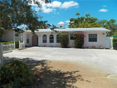 Rental For Rent: 204 SW Winnachee Drive